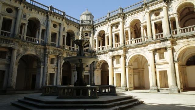 Convento-de-patio-Christ
