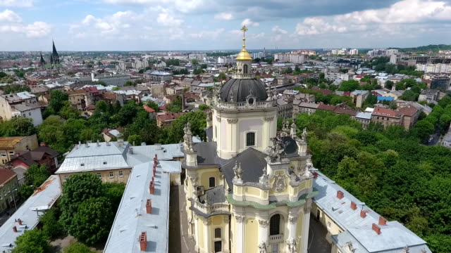 Aerial-shooting-beautiful-St-George-s-Cathedral