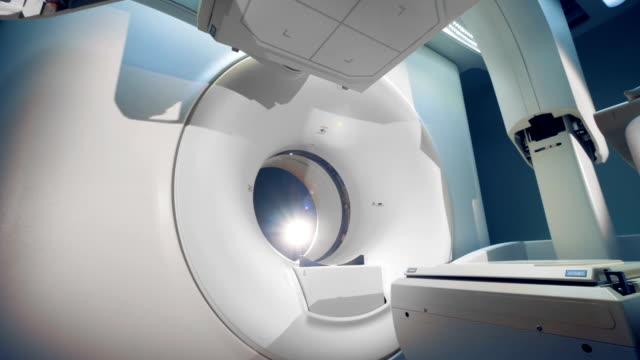 Nuevos-equipos-médicos-en-una-clínica-de-cerca-