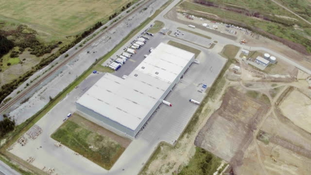 Aerial-footage-of-large-industrial-complex
