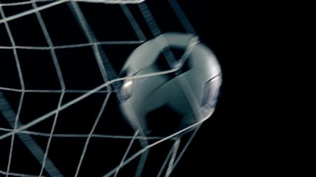 Fútbol-resultados-objetivo-en-primer-plano-de-la-red
