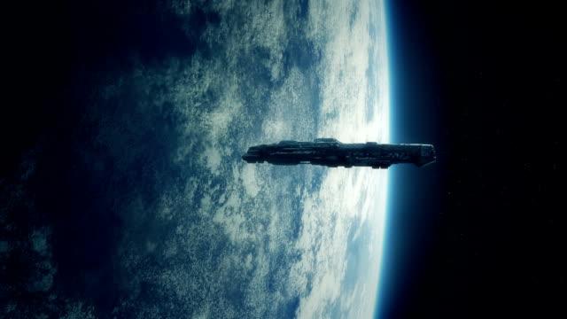 Nave-espacial-orbitando-la-tierra-en-tormenta-de-relámpagos