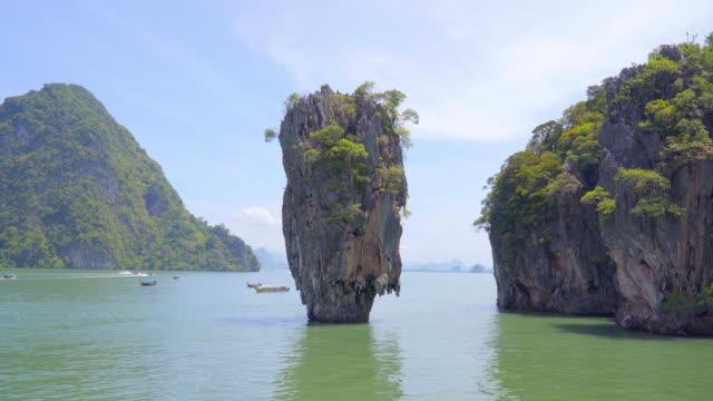 James-Bond-Island-or-koh-tapu-at-Phang-Nga-Bay-National-Park-in-Phang-Nga-province-Thailand