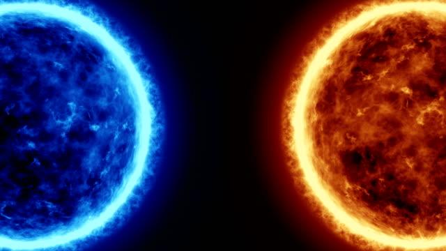 4K-realistisch-Sonne-und-blauer-Sonne-Oberfläche-mit-Sonneneruptionen-brennende-Sonne-die-isoliert-auf-schwarz-mit-Platz-für-Ihren-Text-oder-Ihr-Logo-Motion-Grafik-und-Animation-Hintergrund-