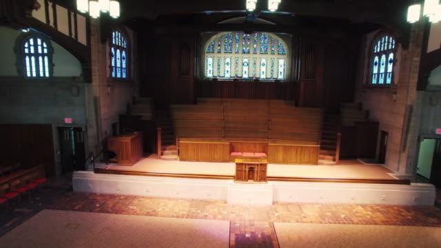 Iglesia-Altar-antena-Interior