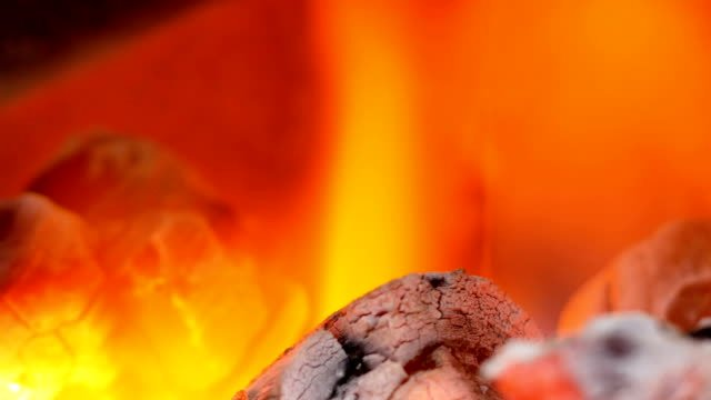Close-up-fire-on-charcoal-is-growing