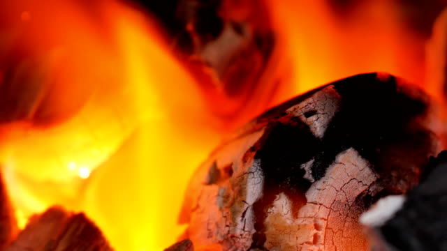 Flame-coals-and-be-very-hot-is-widespread