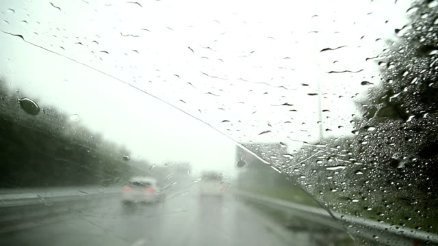 The-car-goes-in-rainy-weather-