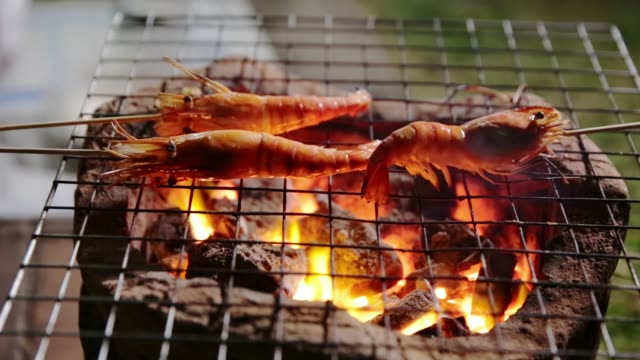 Prawn-grill-on-charcoal-stove