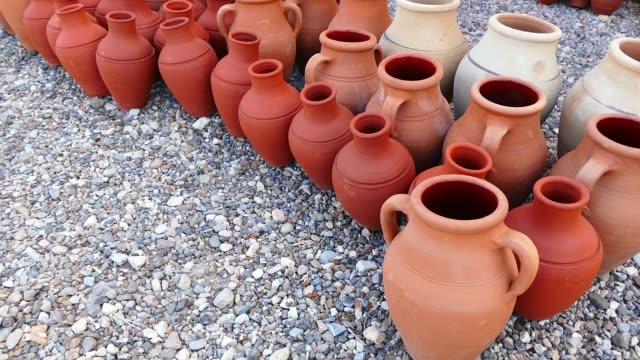 Tipos-de-jarra-de-agua-de-Anatolia-de-Turquía-arcilla-ollas-y-cacerolas-de-barro-
