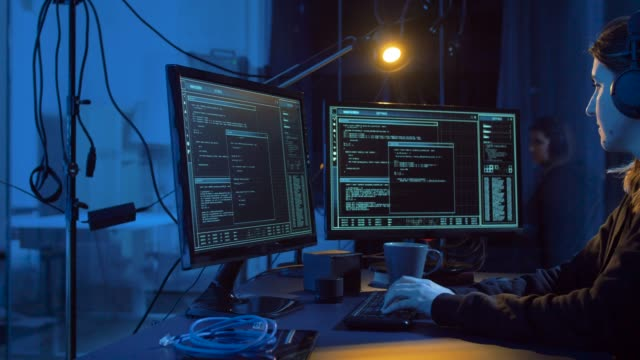 hacker-crear-virus-informáticos-para-el-ciberataque
