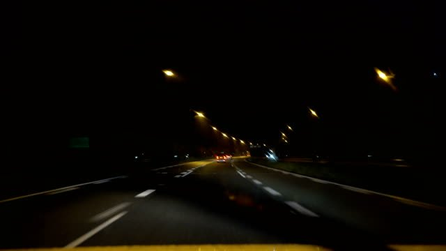 driving-in-the-rainy-night