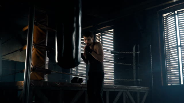 Lightweight-boxer-training-in-vintage-gym