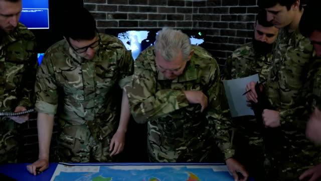 Militares-de-comandante-convoca-reunión-control