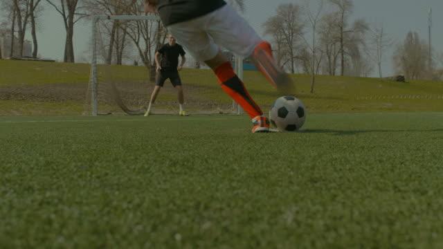 Jugador-tomar-un-tiro-penal-durante-el-juego