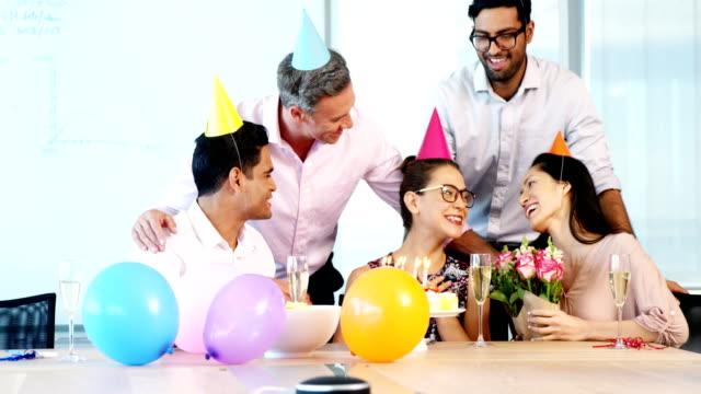 Executives-celebrating-a-colleague-birthday