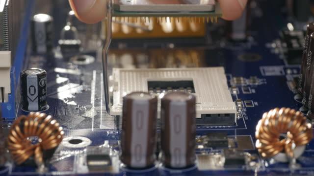Plug-in-CPU-microprocessor-Sliding-shot