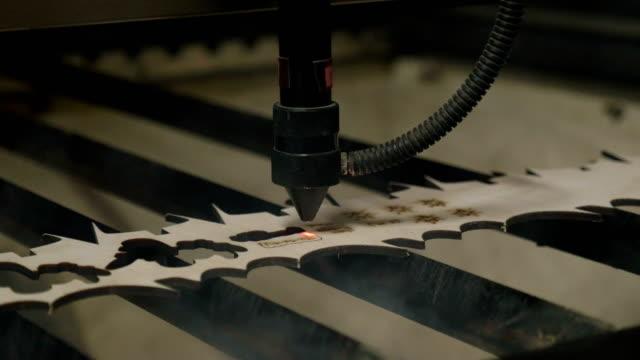 Laser-cutting-on-wood