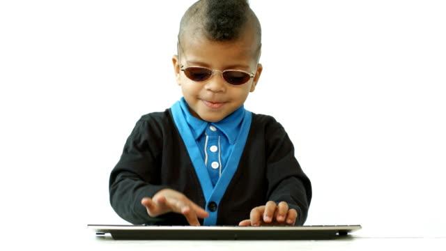 small-boy-studies-computer