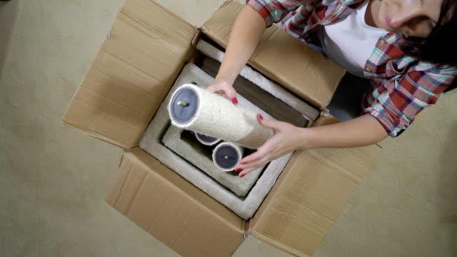 Muebles-modernos-para-gatos-unboxing-y-montaje-
