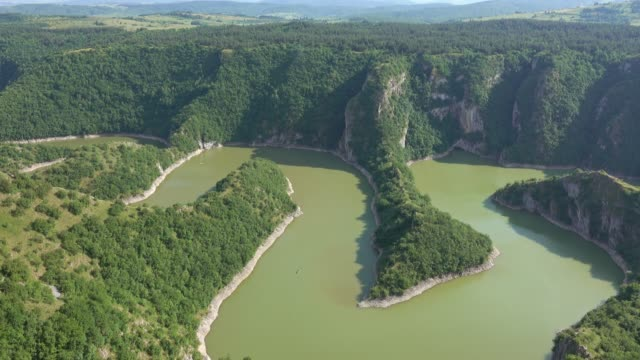 Meanders-at-rocky-river-Uvac-gorge-in-Serbia