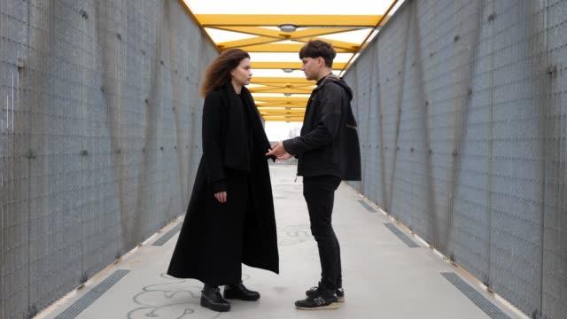Discusión-de-pareja-malentendido-conflicto-y-ruptura