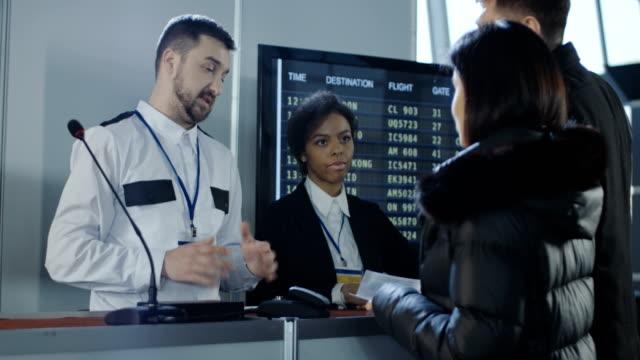 Empresarios-tener-problema-de-negación-de-visa-en-el-aeropuerto