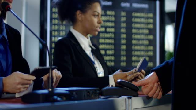 Passengers-passing-biometric-control-in-airport