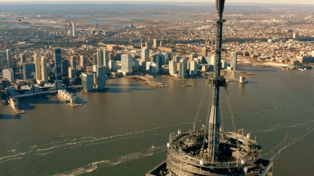 Aerial-view-of-Hudson-River-and-Antenna-4k