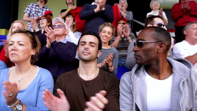 Crowd-of-sports-spectators-clapping