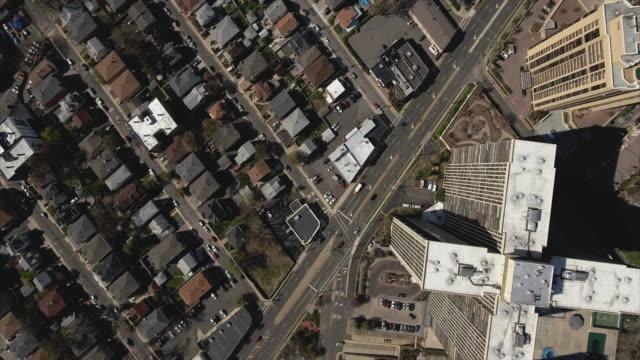 Cliffside-Park-NJ-arriba-descendiendo-tiro-de-cruz-forma-altura-y-calle