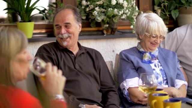 Sozialer-Senioren-Spaß