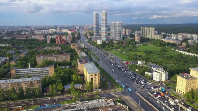 russia-sunny-summer-day-moscow-famous-cityscape-traffic-avenue-aerial-panorama-4k