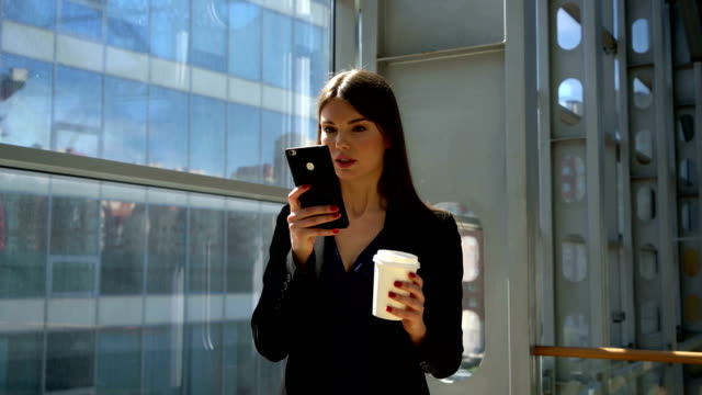 Business-woman-with-coffee