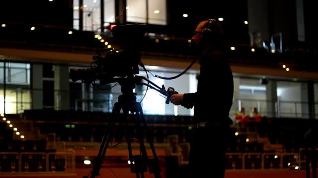 event-cameraman-working
