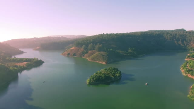 4K-aerial-view-above-lake-chabot