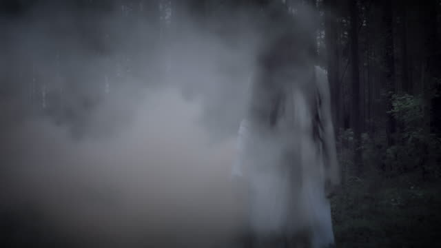 4K-Horror-Woman-in-Forest-with-Smoke