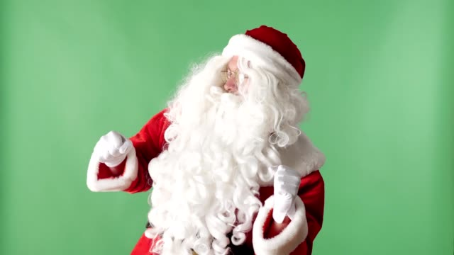 Happy-Santa-Claus-Dancing-green-chromakey-in-the-background