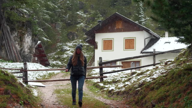 Woman-Tourist-in-Countryside
