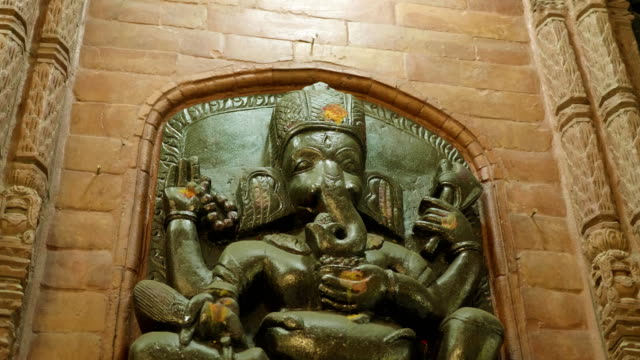 Nepal-estatua-de-piedra-del-dios-hindú-Ganesha-en-el-Palacio-Katmandú-Nepal-