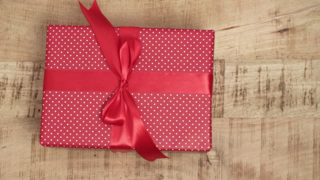 Handmade-christmas-presents-on-wooden-background