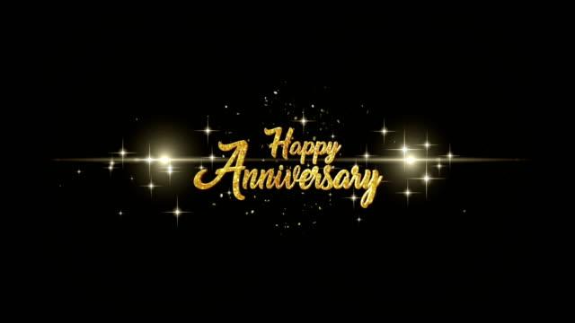 Feliz-Aniversario-hermosa-oro-saludo-texto-aspecto-de-parpadear-las-partículas-con-fondo-de-oro-de-los-fuegos-artificiales-