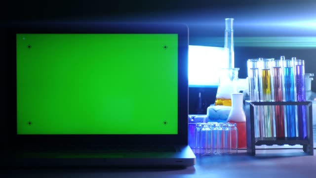 Laptop-with-a-Green-Screen-in-the-Laboratory