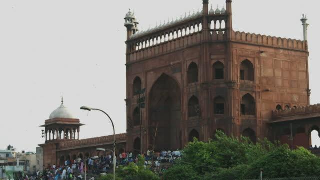 Lapso-de-tiempo-de-disparo-de-personas-en-la-mezquita-Jama-Masjid-Delhi-India