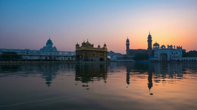 The-Golden-Temple-at-Amritsar-Punjab-India