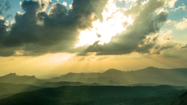 Dramatic-Sunset-Timelapse-With-Clouds-And-Light-Rays