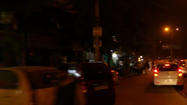 Traffic-in-New-Delhi-India