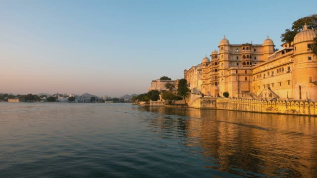 Time-lapse-Udaipur-Rajasthan-India-cityscape-at-sunset