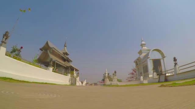 Entrance-At-Wat-Metta-Putharam-Thai-Temple-Bodh-Gaya-India