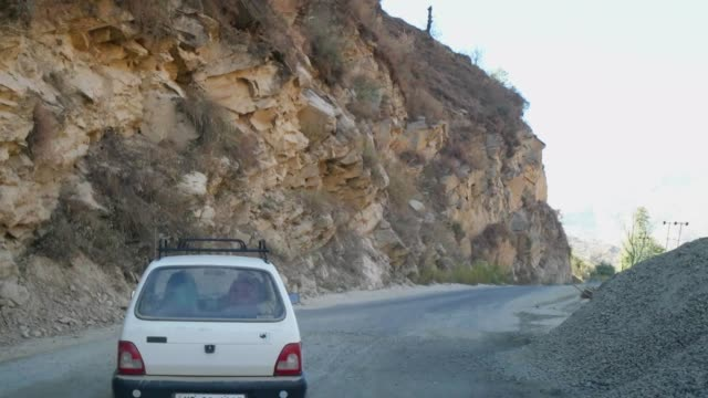 Driving-POV-hyper-time-lapse-through-Himalayan-highway-roads